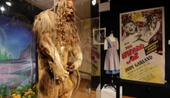 NOTW: Wizard of Oz cowardly lion costume sells for £1.9 MILLION at auction