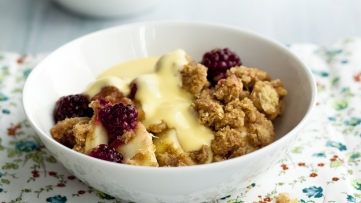 Apple and Blackberry Crumble - Recept