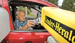 News driver retires after 57 years, 5 million deliveries