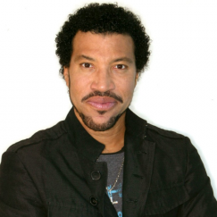 Celeb bits: Lionel Richie receives honorary doctor of music degree