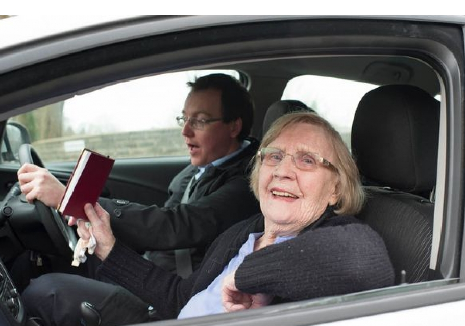 britains oldest driving instructor - 911×640