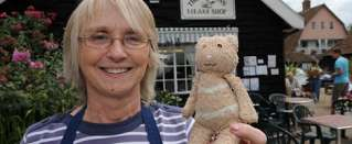 2010 September - News of the world - Facebook page tries to help teddy bear get home