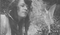Cottingley Fairies - Frances and Elsie confesses the truth