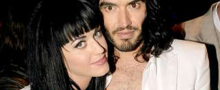 Celeb bits - Katy Perry signs Russel Brand divorce papers