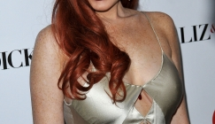 Celeb bits - Lindsay Lohan is selling her clothes