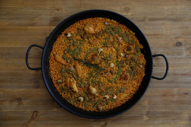 Ole! Spanish chef gives thumbs up to a robot-made paella